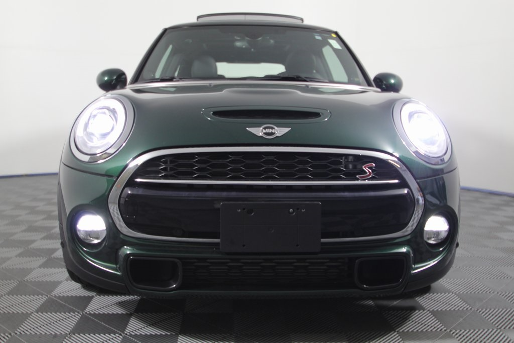 Pre-Owned 2018 MINI Cooper S Base
